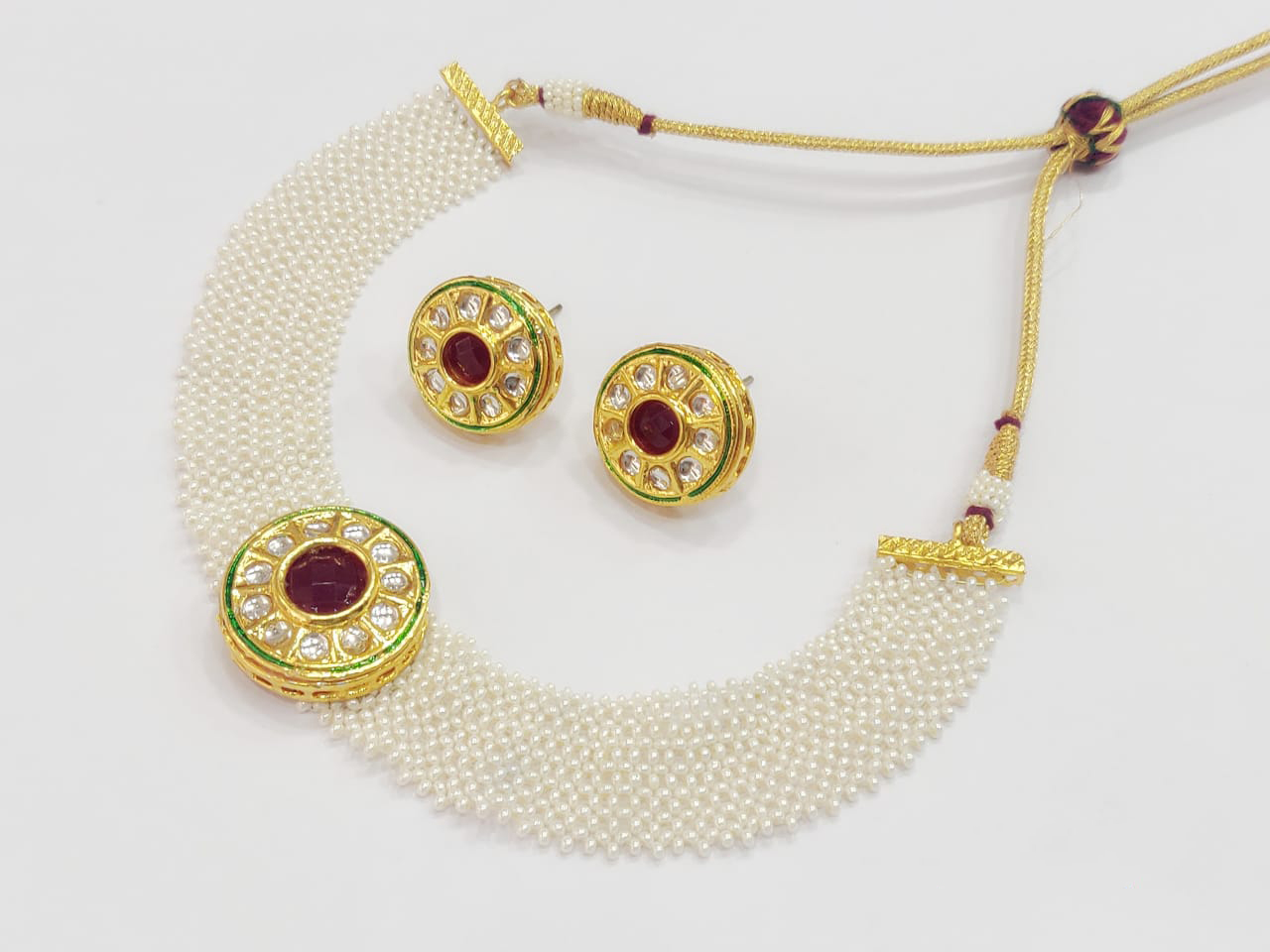 Pearls and Kundans Chatai Work Necklace